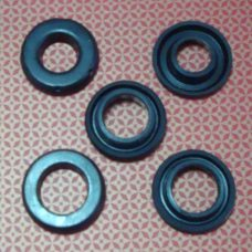 Toyota car rubber brake master cylinder seal repair kit OEM part number 04493-60030X brake master seal cup kit