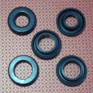 Toyota car rubber brake master cylinder seal repair kit OEM part number 04493-60030X brake master seal cup kit