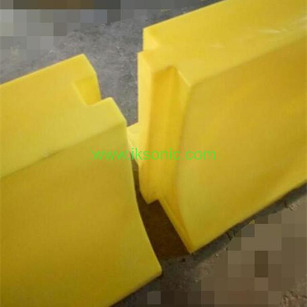 Yellow Black Plastic Water Barrier Road Traffic Safety
