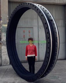 DN2600 rubber coupling joint with steel ring large diameter pipe fitting rubber seal gasket