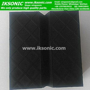 Square rubber jack pad